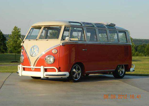 1966 Microbus 21 Safari Window Deluxe