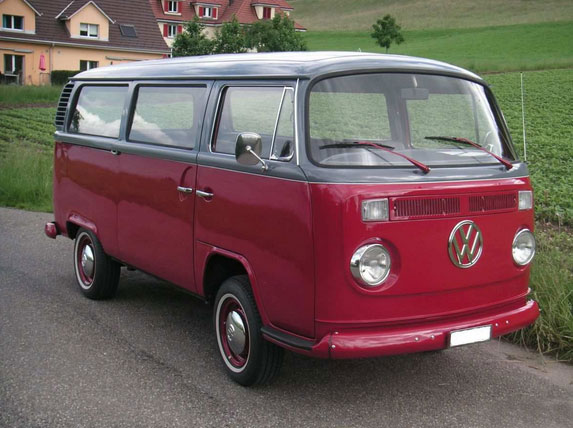 vw bus for rent T2 1972