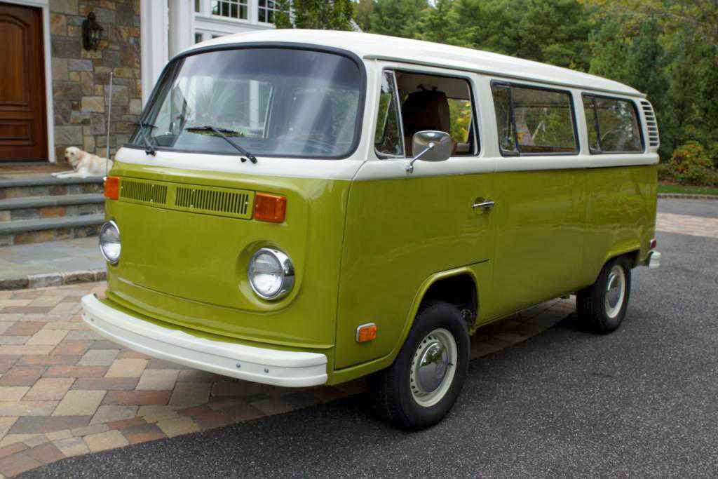 1977 Volkswagen T2B for sale