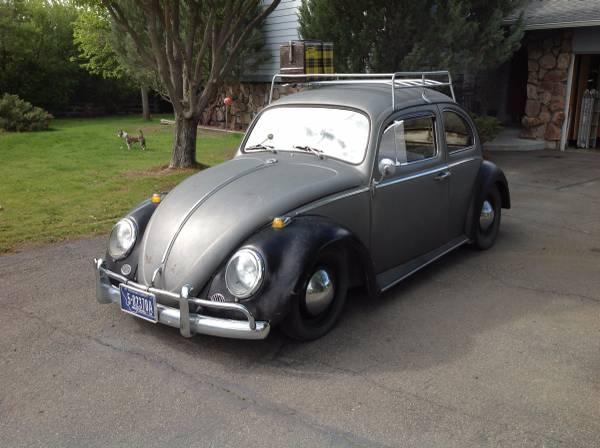 Lowered 1964 Volkswagen Beetle